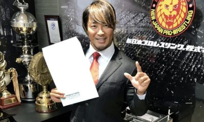 Hiroshi Tanahashi renews his contract with New Japan Pro-Wrestling