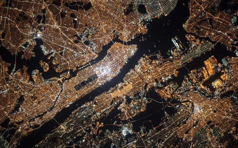What opportunities will the massive urbanization of the 21st century bring?
