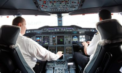 The trick of airline pilots to recover time on a delayed flight
